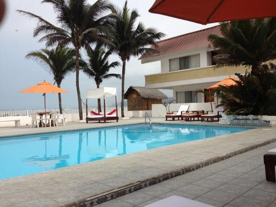 La Piedra Hotel: Piscina + sol= fantástico 