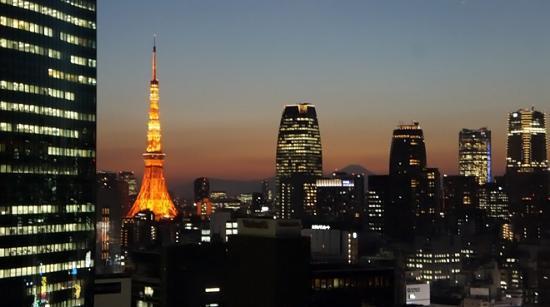 Mitsui Garden Hotel Ginza Premier: 16階ロビーからの眺め