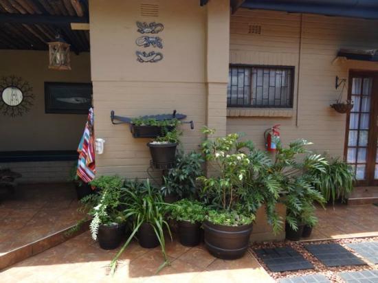 Ama Zulu Guesthouse: nochmal Innenhof