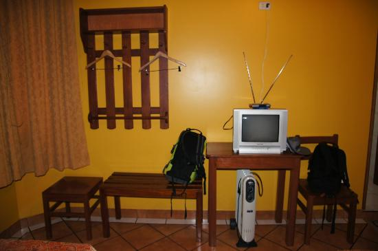 Casa de Luz / La Pequena Casita Hotel: camera