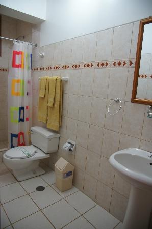 Casa de Luz / La Pequena Casita Hotel: bagno