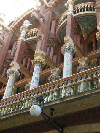 Palais de la Musique Catalane (Palau de la Musica Catalana) : 音楽堂の外観