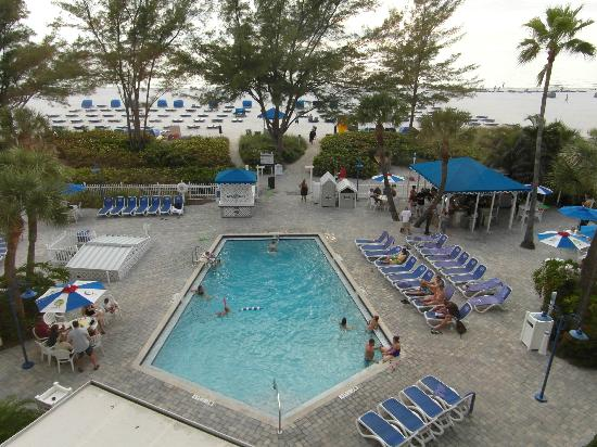 Guy Harvey Outpost, a TradeWinds Beach Resort: Pool area, with cabanas on the beach beyond.