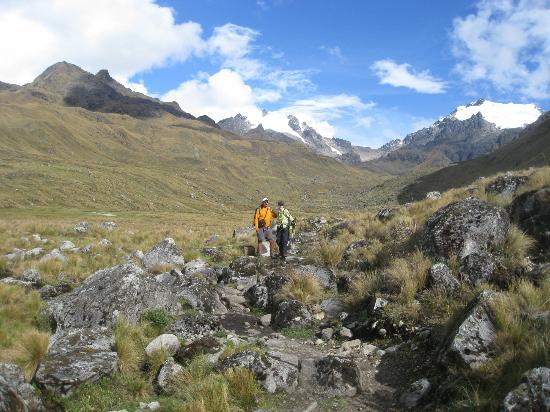 Auqui Peru Mountain Spirit: 2nd on the Vilcabamba trek, Perù Oct. 2012