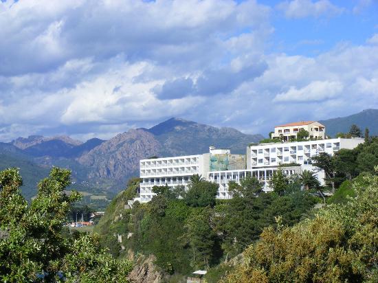 Hotel Roc e Mare: Beau site