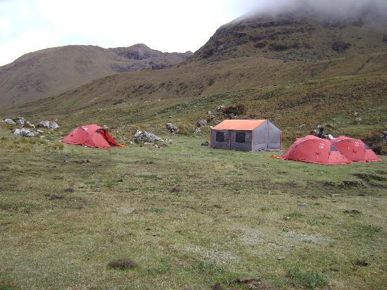 Auqui Peru Mountain Spirit: A camping site on the Vilcabamba trek