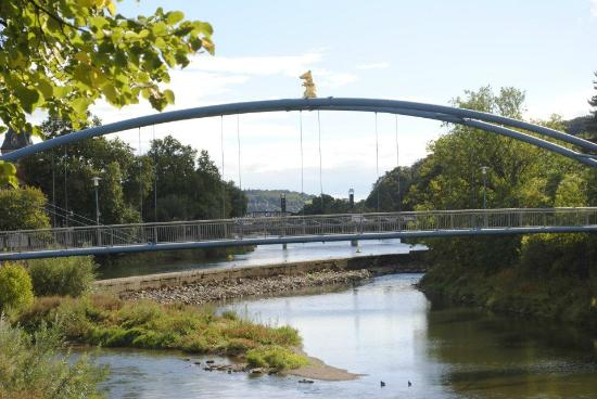 Altstadt-Wiege: Bridge over the River Wesser