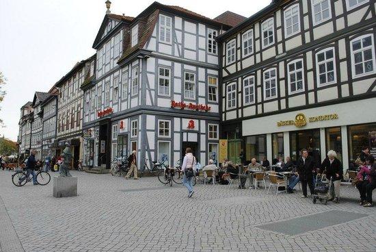 Altstadt-Wiege: More typical buildings in Hameln