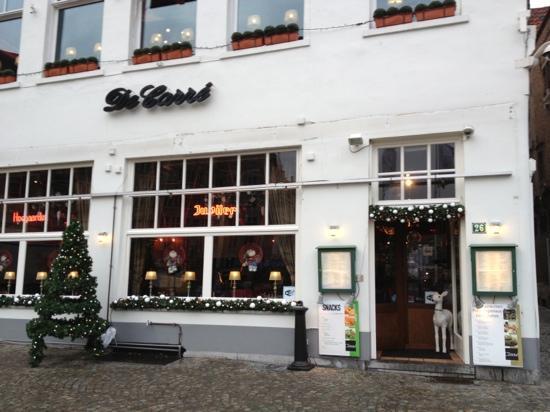 De Carre: The Restaurant outside