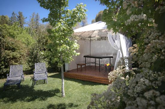 Lares de Chacras: Massage area to relax after exploring Mendoza's Best Wineries
