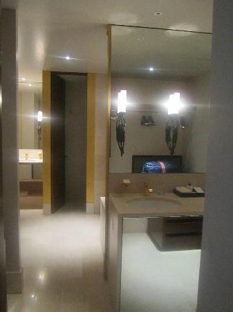 Park Hyatt Paris - Vendome: Bathroom