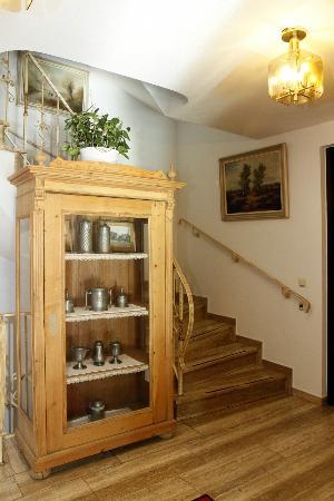 Neumayr: Treppenhaus