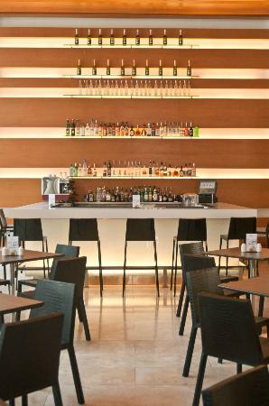 Atton San Isidro: Lobby Bar