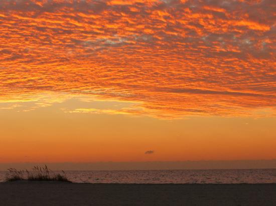 Beach Walk: Sunset on Clearwater Beach