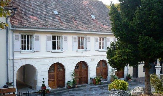 Gîtes de la Maison des Fontaines: Les gîtes Maison des Fontaines