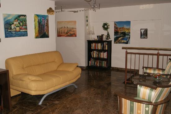 Hotel San Marco : Bibliothek
