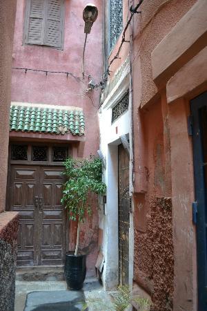Riad Villa Wenge: Entrance