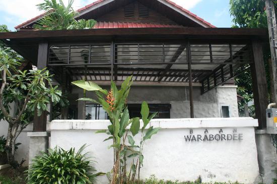 Baan Warabordee: Exterior de la casa
