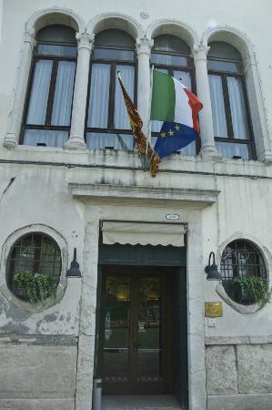 Casa Sant'Andrea: Ingresso