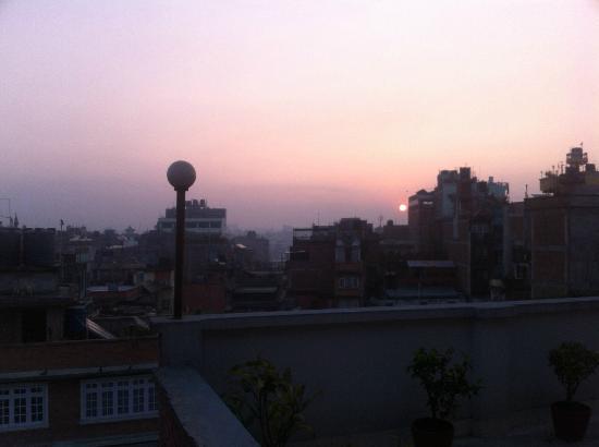 Hotel Tayoma: Sunrise over Kathmandu