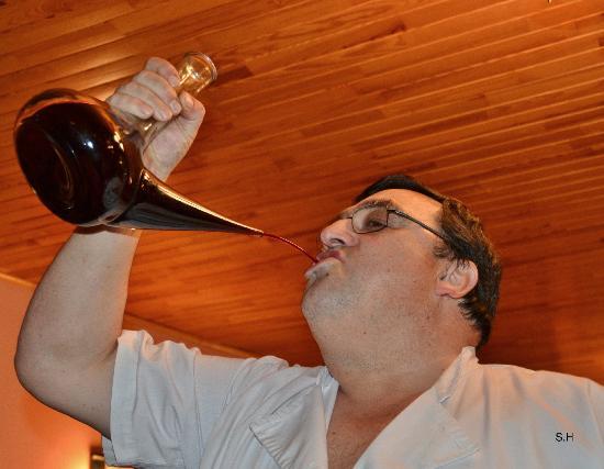 La Glorieta : Så här drickar man vin i Katalonien.