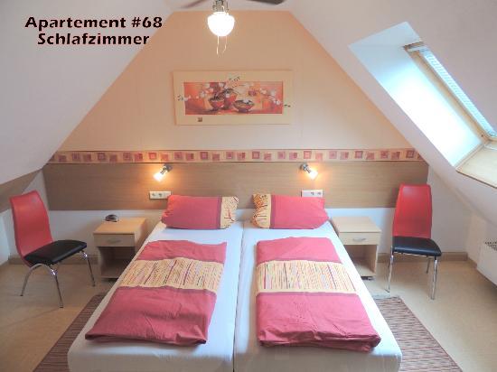Hotel Garni Rodenbach: Apartment-Schlafzimmer
