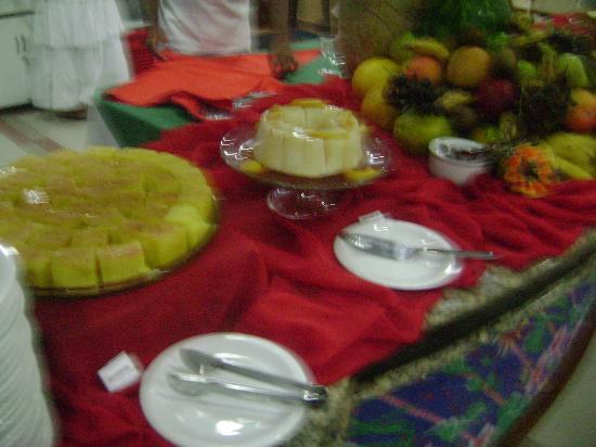 Sued's Plaza Hotel: mesa de doces