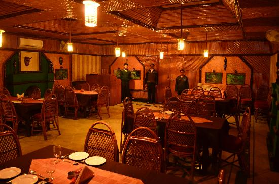 Nature Heritage Resort: Restaurant with Mahanta in the center waiting to serve us.