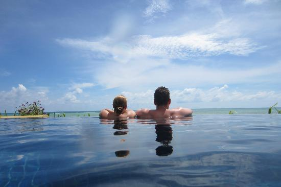 Shiva Samui: Our own swimming pool