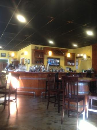 Mambo Grill & Tapas: mambo grill interior