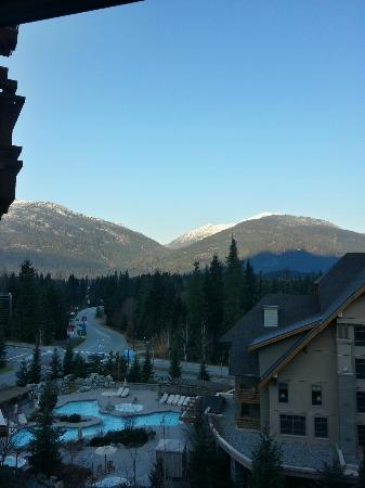 Four Seasons Resort and Residences Whistler: View of the mountains from our room