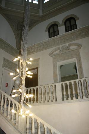 Hospes Palacio de los Patos: looby