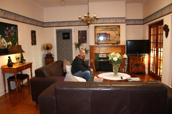 Brenwin Guest House: Гостиная