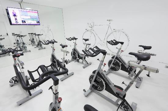 Hotel Ciutat de Girona: Our indoor cycling