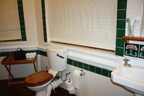Brenwin Guest House: Ванная комната