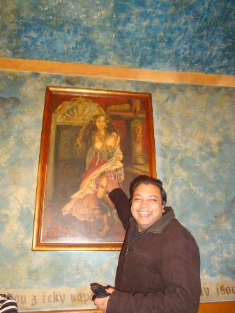 Art of Your Travel - Tours: Local Pub