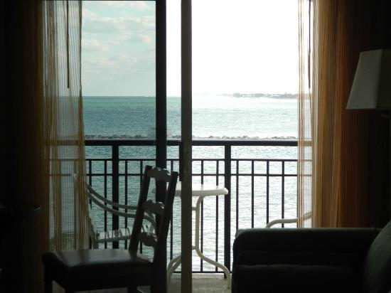 Marriott's Ocean Pointe: Our balcony from inside our room