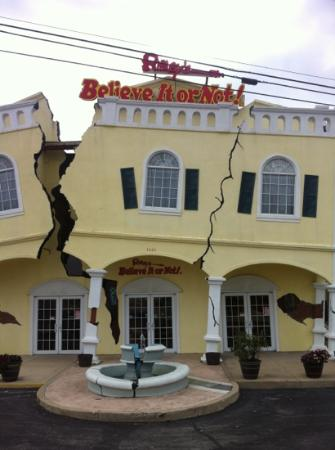 Ripley's Believe It or Not! Branson: out front