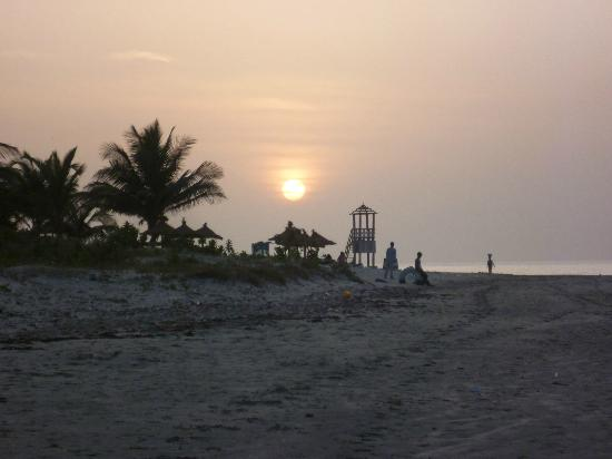 Kotu Beach: Sunset at Kotu Point