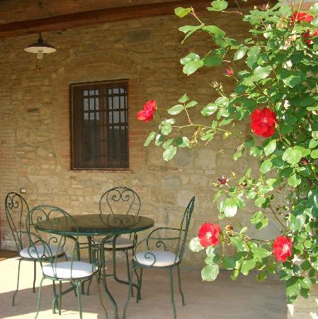 Santa Maria a Poneta: under the loggia, tuscany cooking
