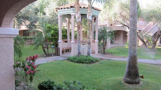 La Fuente Inn & Suites: nice