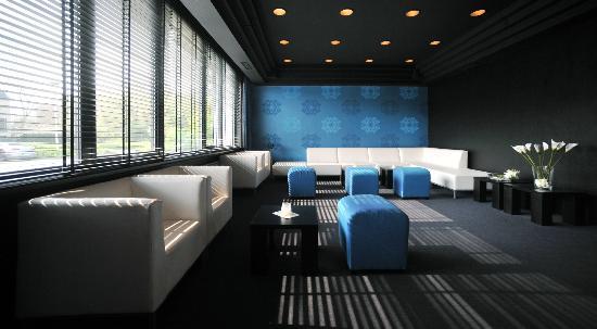 B-aparthotel Moretus: Bar area