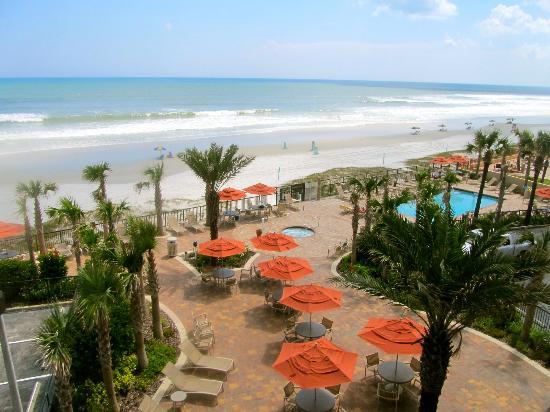 Nautilus Inn: Ocean Front View