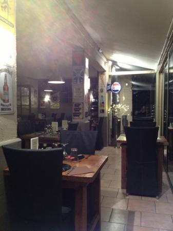 Chez Félicien : La salle