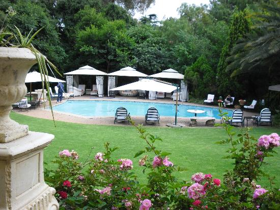 Fairlawns Boutique Hotel & Spa: Poolbereich