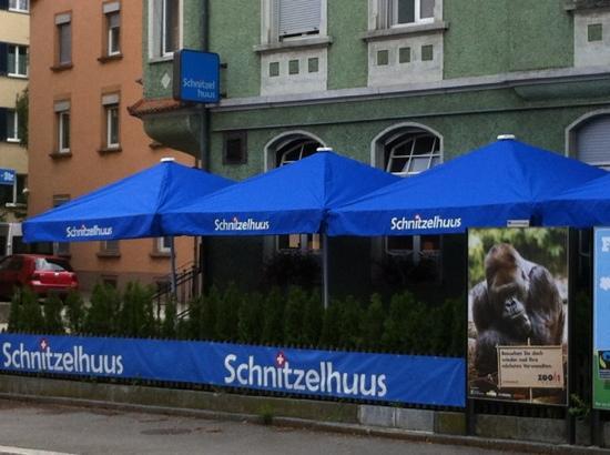 Restaurant Schnitzelhuus: Aussenansicht