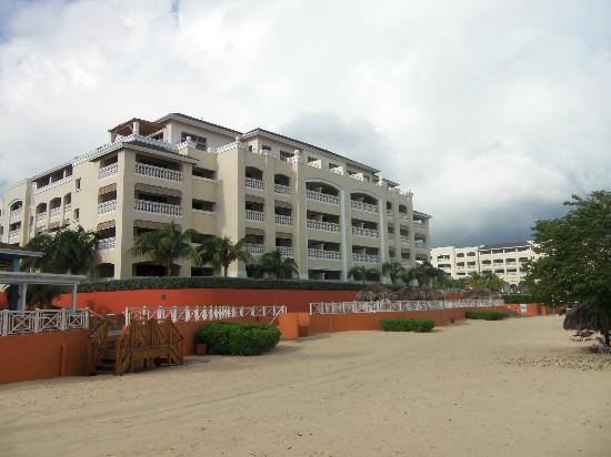 Iberostar Rose Hall Beach Hotel: hotel from the beach