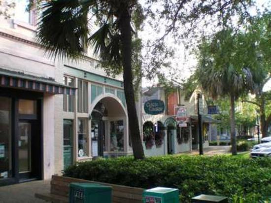 Amelia Island, FL: Center Street Charm