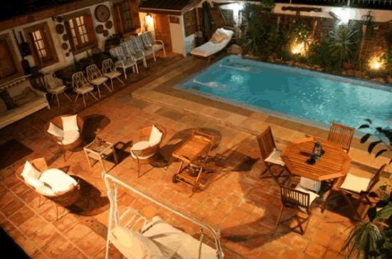 Hotel Boutique Vendimia Premium: love this backyard!