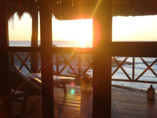 El Pez Colibri Boutique Hotel: Sunrise from the Suite